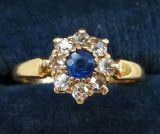 Beautiful edwardian Sapphire and Diamond 18ct 18k gold vintage antique cluster ring